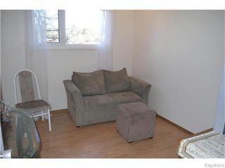 Photo 9: 63 Lakeshore Road in Winnipeg: Waverley Heights Residential for sale (1L)  : MLS®# 1629033