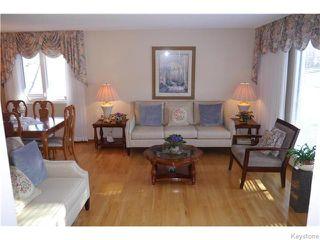 Photo 2: 63 Lakeshore Road in Winnipeg: Waverley Heights Residential for sale (1L)  : MLS®# 1629033
