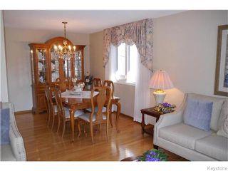 Photo 4: 63 Lakeshore Road in Winnipeg: Waverley Heights Residential for sale (1L)  : MLS®# 1629033