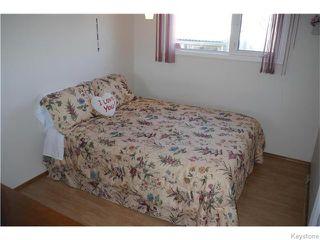 Photo 8: 63 Lakeshore Road in Winnipeg: Waverley Heights Residential for sale (1L)  : MLS®# 1629033