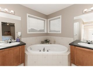 Photo 18: 131 Valley Stream Circle NW in Calgary: Valley Ridge House for sale : MLS®# C4092729