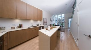 "Photo 4: 145 E 1ST Avenue in Vancouver: Mount Pleasant VE Townhouse for sale in ""BLOCK 100"" (Vancouver East)  : MLS®# R2152091"