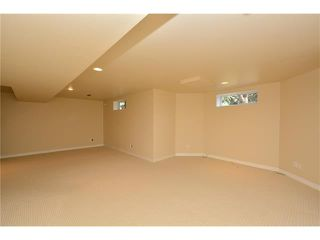 Photo 35: 610 EDGEBANK Place NW in Calgary: Edgemont House for sale : MLS®# C4110946