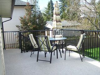 Photo 9: 16125 14TH Ave in South Surrey White Rock: Home for sale : MLS®# F1307581