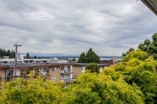"Photo 15: 302 1369 GEORGE Street: White Rock Condo for sale in ""CAMEO TERRACE"" (South Surrey White Rock)  : MLS®# R2186748"