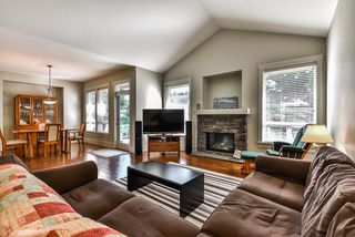 "Photo 3: 32998 CAITHNESS Place in Abbotsford: Central Abbotsford House for sale in ""ARGYLL GROVE"" : MLS®# R2187464"
