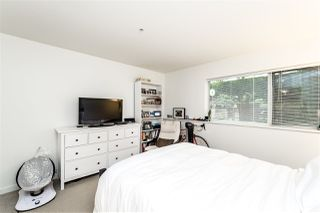 "Photo 15: TH4 1288 CHESTERFIELD Avenue in North Vancouver: Central Lonsdale Townhouse for sale in ""ALINA"" : MLS®# R2204049"