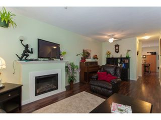 Photo 5: 22 20159 68TH Avenue in Langley: Willoughby Heights Townhouse for sale : MLS®# R2213781