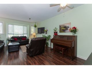 Photo 7: 22 20159 68TH Avenue in Langley: Willoughby Heights Townhouse for sale : MLS®# R2213781