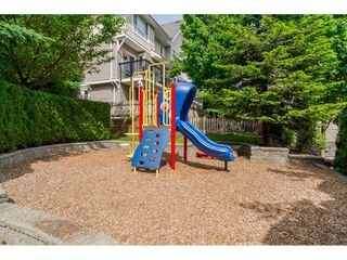 Photo 2: 22 20159 68TH Avenue in Langley: Willoughby Heights Townhouse for sale : MLS®# R2213781