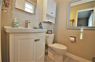 """Photo 12: 2933 MCGILL Crescent in Prince George: Upper College House for sale in """"UPPER COLLEGE HEIGHTS"""" (PG City South (Zone 74))  : MLS®# R2229842"""
