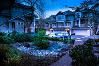 Photo 2: 3 14877 58 Avenue in Surrey: Sullivan Station Townhouse for sale : MLS®# R2242020