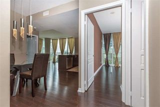 Photo 5: 711 223 Webb Drive in Mississauga: City Centre Condo for sale : MLS®# W4062258