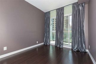 Photo 11: 711 223 Webb Drive in Mississauga: City Centre Condo for sale : MLS®# W4062258