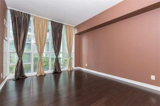 Photo 10: 711 223 Webb Drive in Mississauga: City Centre Condo for sale : MLS®# W4062258