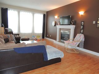 Photo 3: 6754 CHARTWELL Crescent in Prince George: Lafreniere House for sale (PG City South (Zone 74))  : MLS®# R2248006