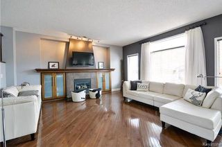 Photo 3: 72 Kinlock Lane in Winnipeg: Richmond West Residential for sale (1S)  : MLS®# 1810190