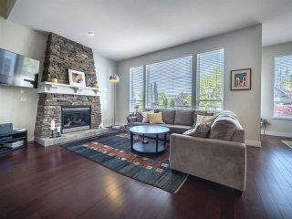 "Photo 4: 39 MAPLE Drive in Port Moody: Heritage Woods PM House for sale in ""August Views"" : MLS®# R2265710"
