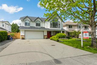 Photo 1: 22247 47 Avenue in Langley: Murrayville House for sale : MLS®# R2266969