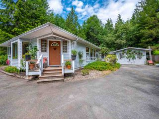 Main Photo: 4210 BROWNING Road in Sechelt: Sechelt District House for sale (Sunshine Coast)  : MLS®# R2273959