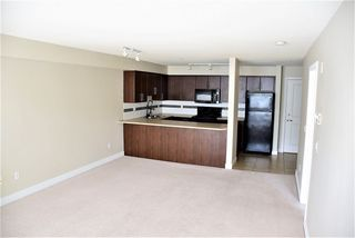 "Photo 4: 313 12248 224 Street in Maple Ridge: East Central Condo for sale in ""URBANO"" : MLS®# R2298299"