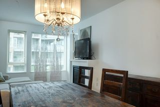 "Photo 7: 324 119 W 22ND Street in North Vancouver: Central Lonsdale Condo for sale in ""ANDERSON WALK"" : MLS®# R2303070"