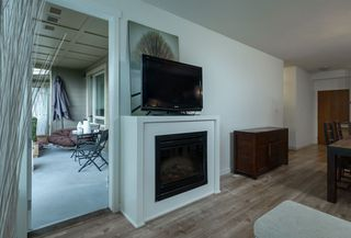 "Photo 11: 324 119 W 22ND Street in North Vancouver: Central Lonsdale Condo for sale in ""ANDERSON WALK"" : MLS®# R2303070"