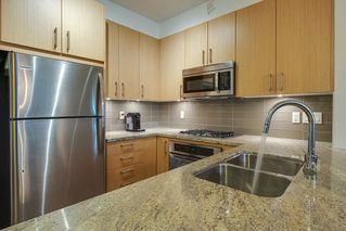 "Photo 3: 324 119 W 22ND Street in North Vancouver: Central Lonsdale Condo for sale in ""ANDERSON WALK"" : MLS®# R2303070"