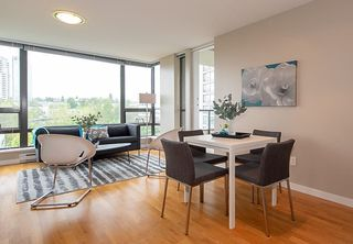 """Photo 1: 808 4178 DAWSON Street in Burnaby: Brentwood Park Condo for sale in """"TANDEM"""" (Burnaby North)  : MLS®# R2305012"""