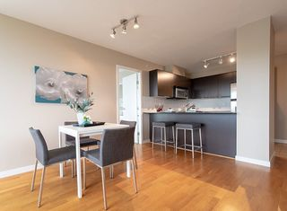 """Photo 4: 808 4178 DAWSON Street in Burnaby: Brentwood Park Condo for sale in """"TANDEM"""" (Burnaby North)  : MLS®# R2305012"""