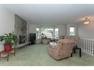 """Photo 3: 20738 51A Avenue in Langley: Langley City House for sale in """"City Park"""" : MLS®# R2307457"""