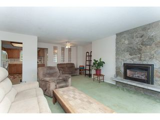 """Photo 5: 20738 51A Avenue in Langley: Langley City House for sale in """"City Park"""" : MLS®# R2307457"""