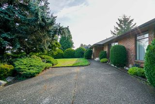 Photo 2: 17510 28B Avenue in Surrey: Grandview Surrey House for sale (South Surrey White Rock)  : MLS®# R2307175