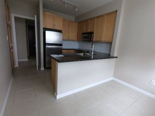 """Photo 7: 2302 6823 STATION HILL Drive in Burnaby: South Slope Condo for sale in """"BELVEDERE"""" (Burnaby South)  : MLS®# R2308599"""