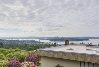 Photo 4: 37 2216 FOLKESTONE Way in West Vancouver: Panorama Village Condo for sale : MLS®# R2310514