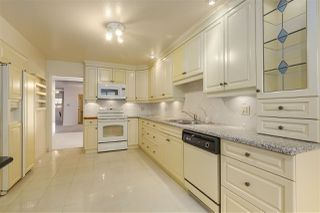 Photo 6: 37 2216 FOLKESTONE Way in West Vancouver: Panorama Village Condo for sale : MLS®# R2310514