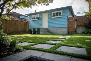 Photo 18: 2122 VENABLES Street in Vancouver: Grandview VE House for sale (Vancouver East)  : MLS®# R2312588
