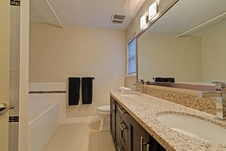 """Photo 13: 4 3025 BAIRD Road in North Vancouver: Lynn Valley Townhouse for sale in """"Vicinity"""" : MLS®# R2326169"""