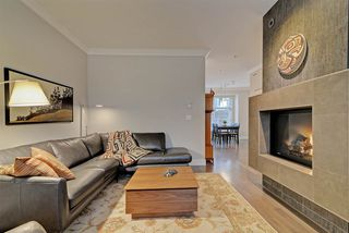 """Photo 3: 4 3025 BAIRD Road in North Vancouver: Lynn Valley Townhouse for sale in """"Vicinity"""" : MLS®# R2326169"""