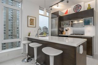 """Photo 5: 1003 1252 HORNBY Street in Vancouver: Downtown VW Condo for sale in """"PURE"""" (Vancouver West)  : MLS®# R2327511"""