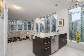 """Photo 3: 1003 1252 HORNBY Street in Vancouver: Downtown VW Condo for sale in """"PURE"""" (Vancouver West)  : MLS®# R2327511"""