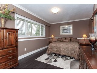 Photo 18: 6188 180 Street in Surrey: Cloverdale BC House for sale (Cloverdale)  : MLS®# R2329204
