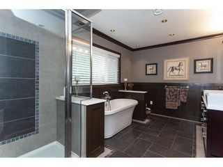 Photo 16: 6188 180 Street in Surrey: Cloverdale BC House for sale (Cloverdale)  : MLS®# R2329204