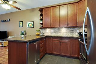 Photo 2: 102 450 BROMLEY Street in Coquitlam: Coquitlam East Condo for sale : MLS®# R2356778