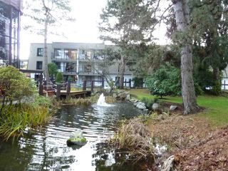 "Photo 15: 208 8860 NO. 1 Road in Richmond: Boyd Park Condo for sale in ""APPLE GREENE"" : MLS®# R2365863"