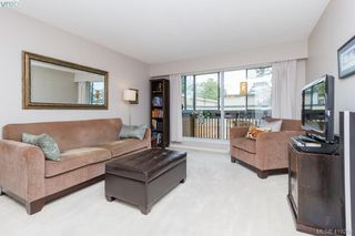 Photo 7: 209 726 Lampson St in VICTORIA: Es Rockheights Condo Apartment for sale (Esquimalt)  : MLS®# 813226