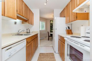 Photo 11: 209 726 Lampson St in VICTORIA: Es Rockheights Condo Apartment for sale (Esquimalt)  : MLS®# 813226