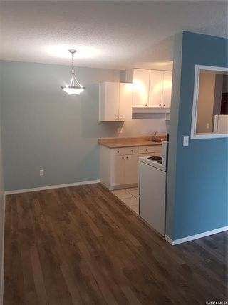 Photo 4: 120 5 Columbia Drive in Saskatoon: River Heights SA Residential for sale : MLS®# SK771267