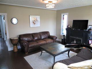 Photo 2: 6303 118 Avenue in Edmonton: Zone 09 House for sale : MLS®# E4156216