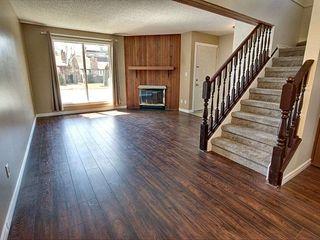 Photo 2: 10406 28A Avenue in Edmonton: Zone 16 House for sale : MLS®# E4157755